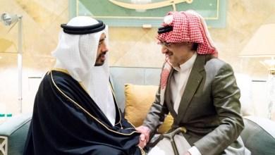 Photo of عبدالله بن زايد ينقل تعازي رئيس الدولة في وفاة الأمير طلال بن عبدالعزيز