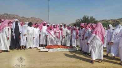 Photo of بالصور والفيديو: وداع مؤثر للشيخ محمد العجلان بعد ربع قرن من التدريس بالحرم المكي