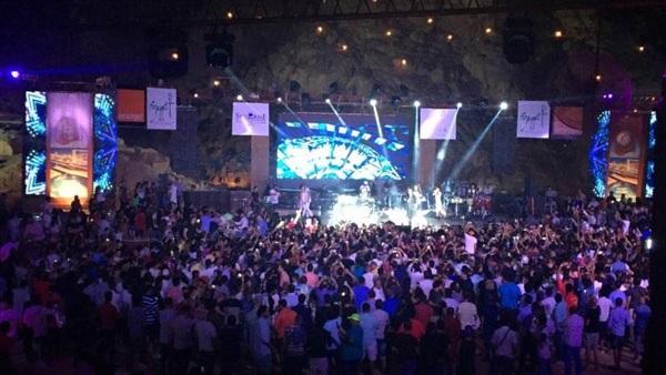 Photo of جامعة سعودية تقيم حفلات غنائية داخل حرمها