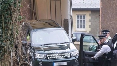 "Photo of بريطانيا: الشرطة ""تنصح"" زوجة الملكة إليزابيث باستخدام حزام الأمان"