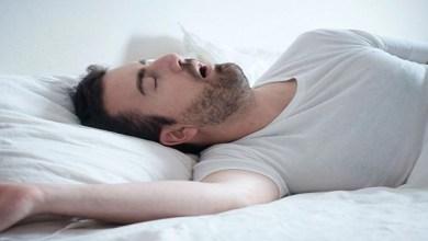 Photo of السمنة والأجهزة الذكية قد تقطع النفس أثناء النوم
