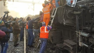 Photo of الهند: مقتل 7 بعد خروج قطار عن القضبان