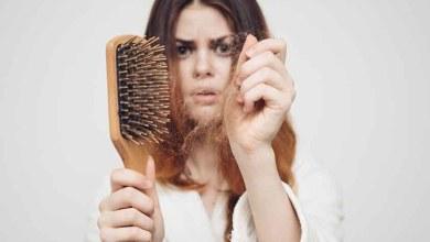 Photo of عادات يومية خاطئة تسبب تساقط الشعر.. احذريها