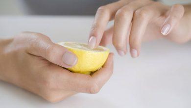 Photo of طرق بسيطة لإزالة البقع الصفراء على أظافرك