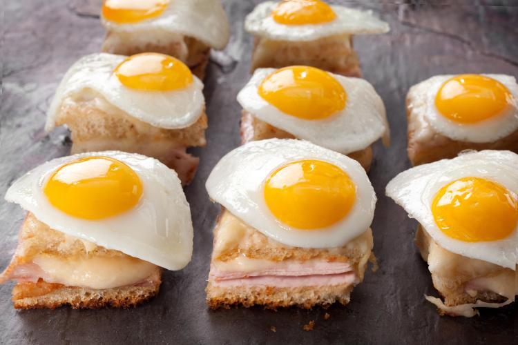 أضرار تناول البيض
