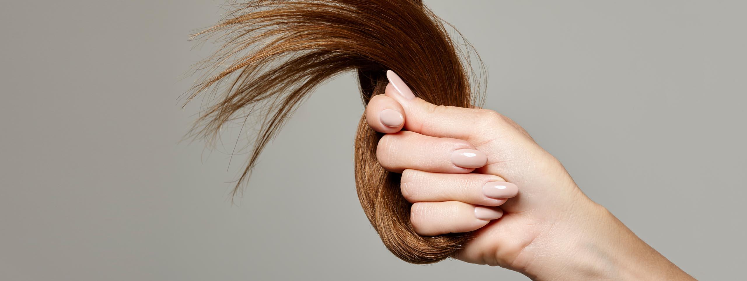 كيفية إيقاف تساقط الشعر