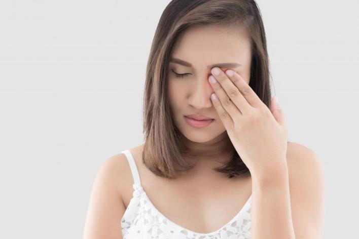 أسباب مرض الصداع النصفي