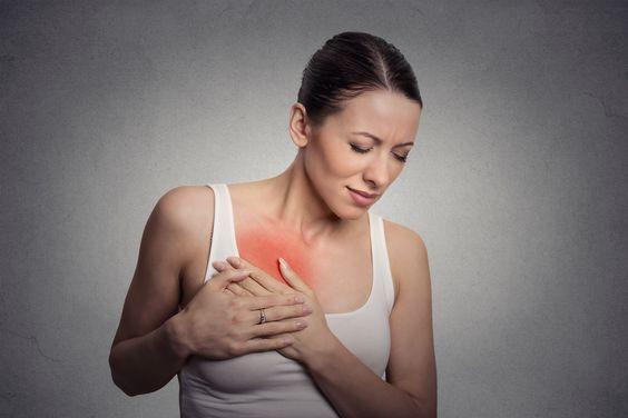 التهاب الثدي أسبابه وأعراضه وعلاجه مجلة رجيم التهاب