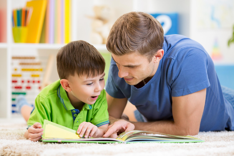 تعليم الطفل لغة جديدة