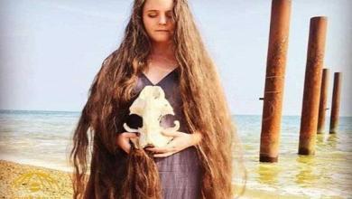 Photo of بالصور .. فتاة لم تغسل شعرها ل20 عاما والنتيجة تبهر العالم