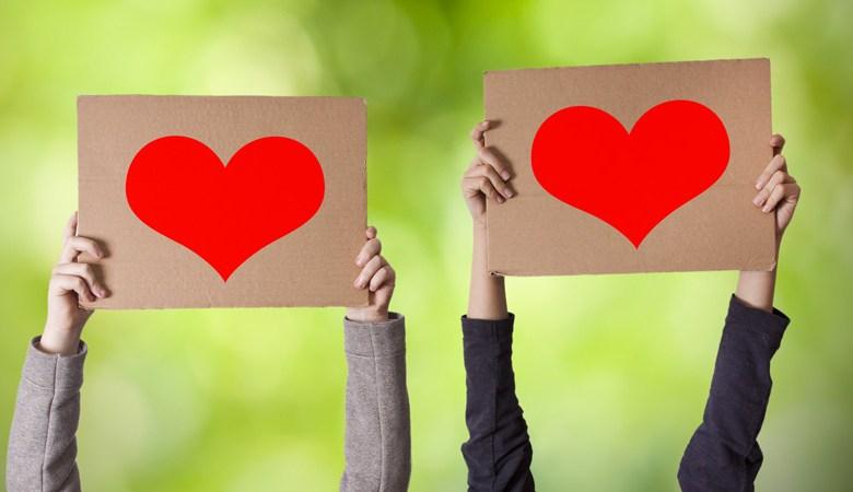 القلب لا يحيا بدون حب فلذا يجب الإعتراف بالحب