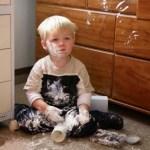 الطفل الشقي يعرض نفسه لكثير من المخاطر