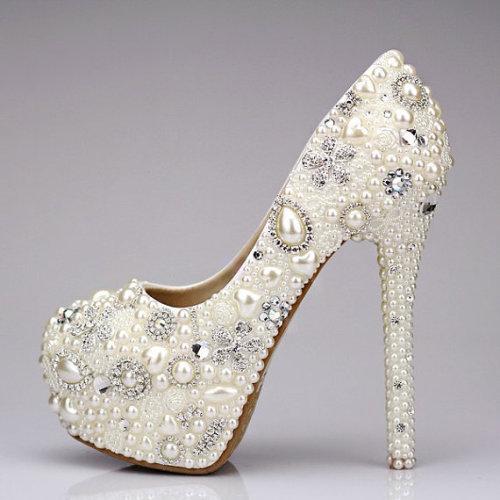 احذية للعرائس