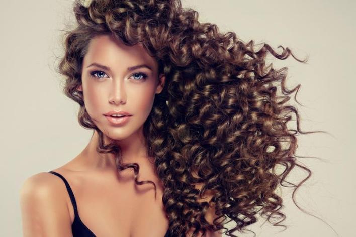 الشعر المجعد
