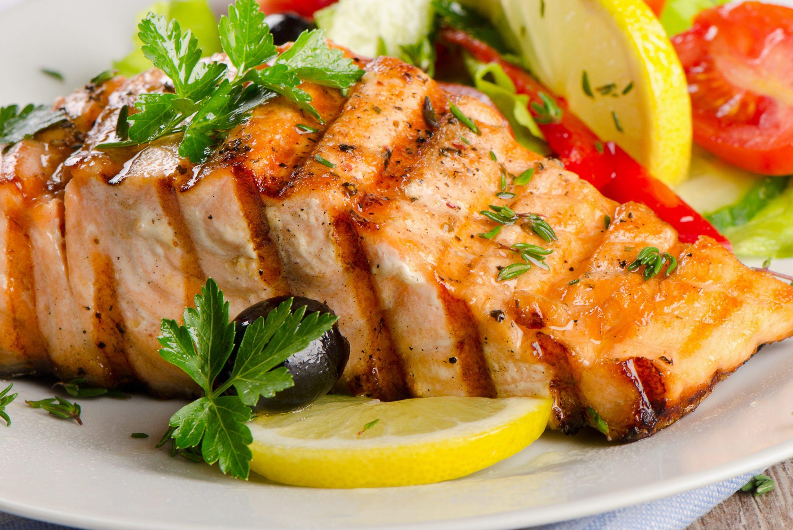 أفضل المأكولات البحرية للرجيم