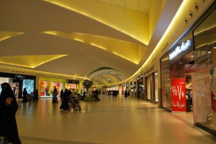 افضل مولات و مراكز تسوق في الطائف .