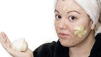 Photo of أضرار الثوم على بشرة الوجه