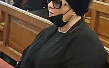Photo of شاهد: فيروس كورونا يتسبب بمشهد محزن في جنازة الفنان المصري جورج سيدهم