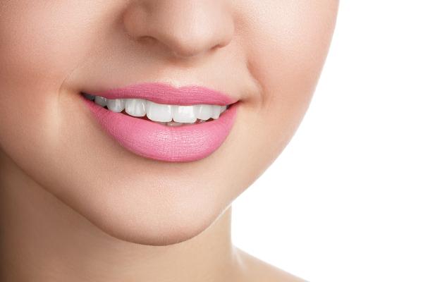 علاج السواد حول الفم