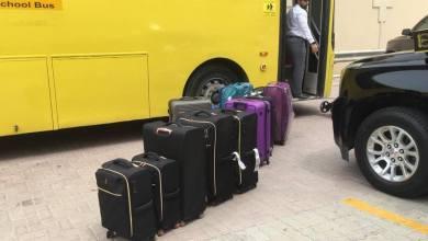 """Photo of بالصور: """"التعليم"""" تسخّر أسطول حافلاتها لنقل العائدين من الخارج إلى دور الضيافة الصحية"""