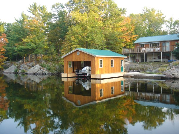 Boat Houses & Ports - Machine