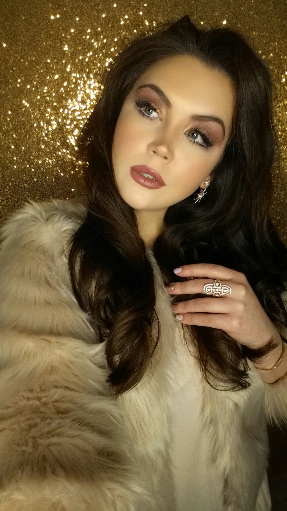 Romantic Old Hollywood Glam Dusty Rose Makeup Look