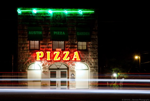 austin pizza garden restaurant poltergeist creepy historic