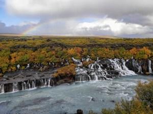 Hraunfossar Wasserfälle