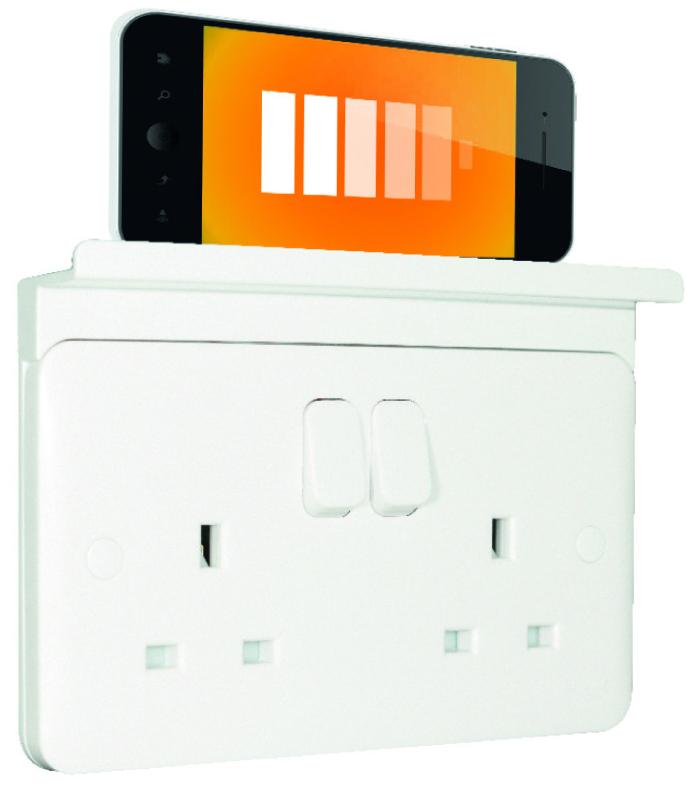 Schneider Electric USB Socket now at R&M
