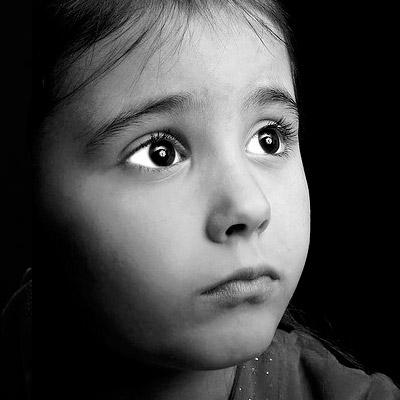 رمزيات بنات صغار ملامح وجه حزين Sad Child Dp Images صور