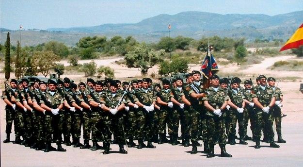 """Escuadrón """"Real Maestranza de Caballería de Valencia"""", del Regimiento de Caballería Acorazado, Lusitania, 8. Año 2005 Al mando del Capitán D. José Antonio Jordán Villarubia"""