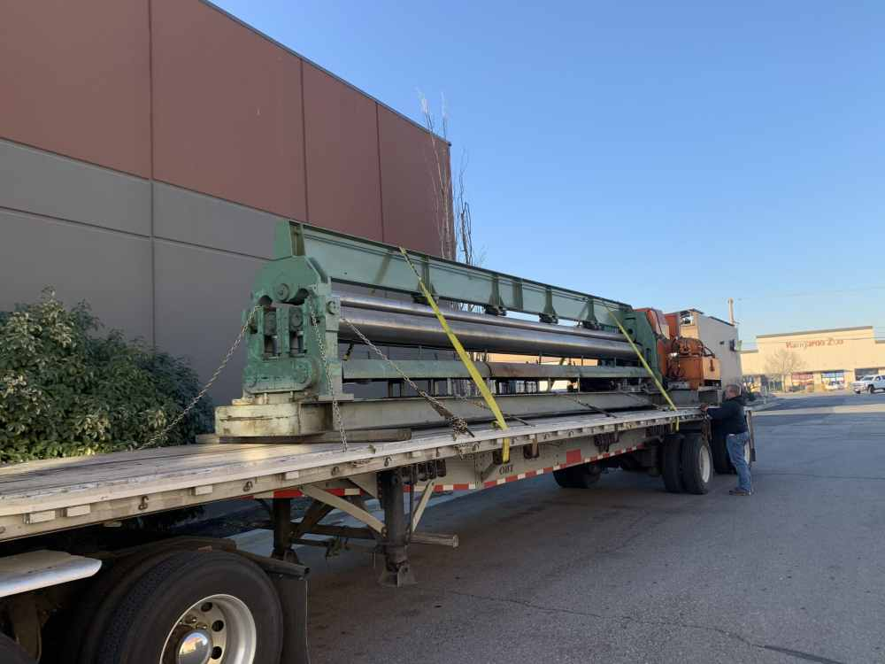 """Bertsch 26' x 1/4"""" Hydraulic Plate Roll - with overhead support"""