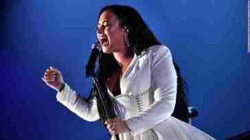 Demi Lovato: ecco il nuovo singolo Dancing With The Devil