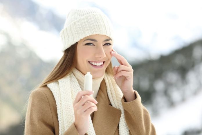 Winter Skin Tips: How to keep Skin Problems away in Winter