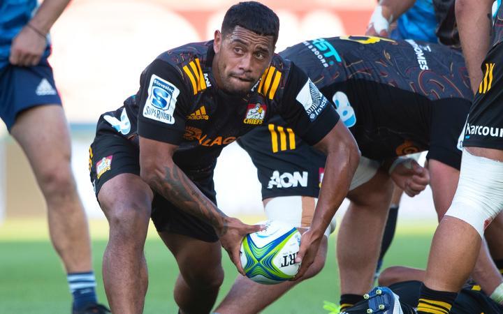 Chiefs halfback Te Toiroa Tahuriorangi.