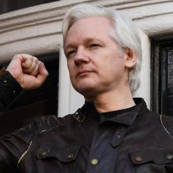Mexico's President is giving Assange asylum after the US extradition request has been blocked