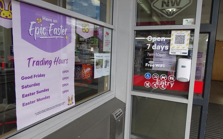 Easter trading hours are advertised at New World supermarket in Wānaka.