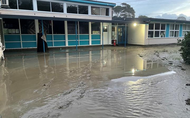 Hatea-a-Rangi School has been forced to close.
