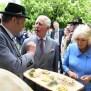 Royaler Besuch Immer Mit Blasmusik Charles Und Camilla