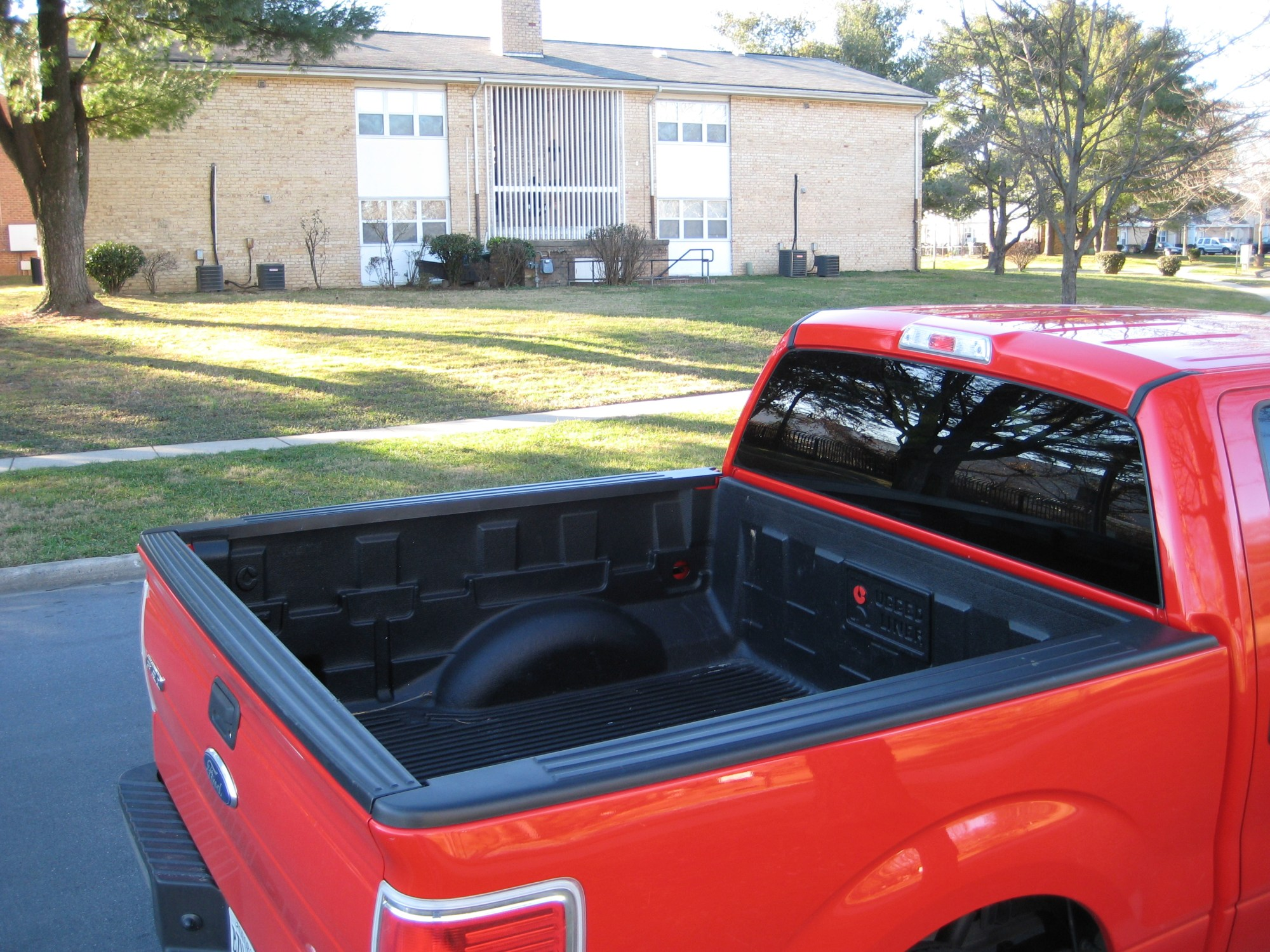 hight resolution of 2012 ford f 150 xlt bed 1