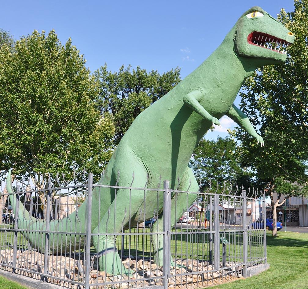 colorado dinosaur statues roadsidearchitecture