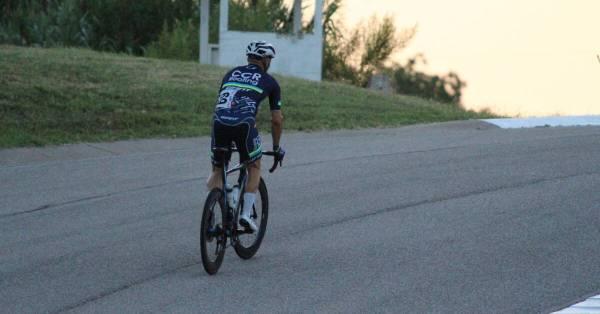 how to climb short, steep hills on a bike