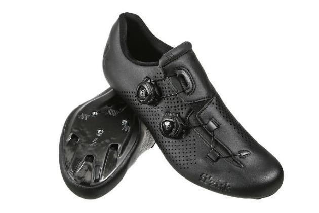 FizikR1B black.pair.WEB