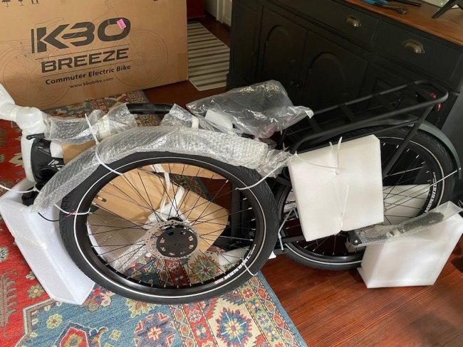 kbo breeze e-bike out of box