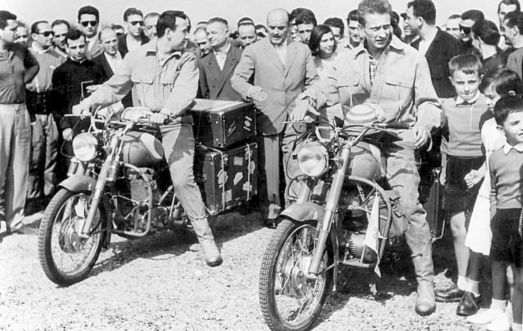 Monetti e Tartarini alla partenza su Ducati 175