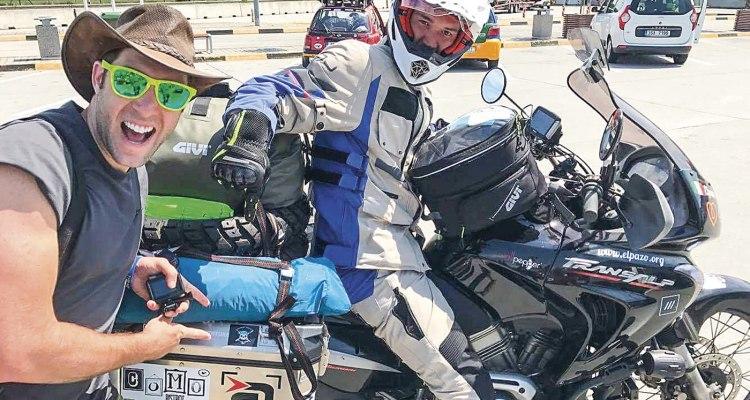 Giuglio Romito al Mongol Rally con diecimila chilometri di goliardia