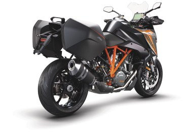 ktm-1290_super-duke-gt-nera
