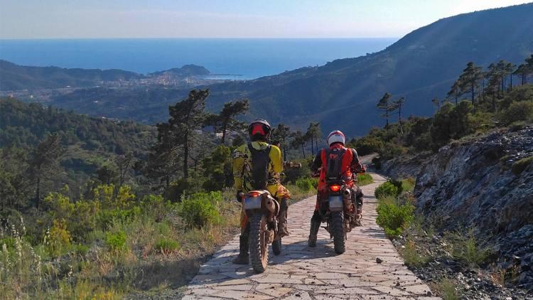Céf Adventure 2019: dagli appennini al mare in fuoristrada