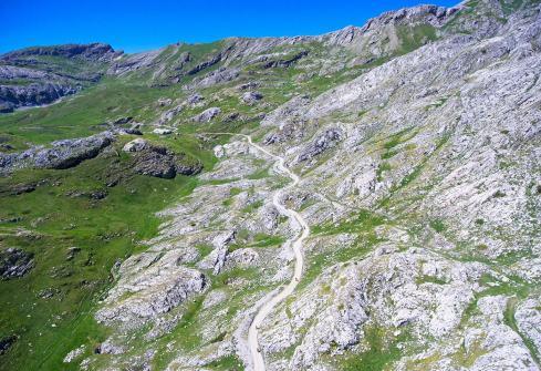 wowoutdoor-in-provincia-di-cuneo-tempo-di-viaggiare-in-moto-via-del-sale-panorama