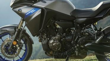 yamaha-tracer-700-2020-motore
